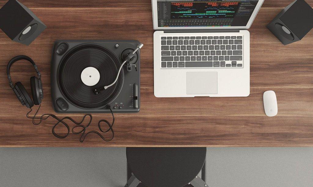 turntable and producer setup